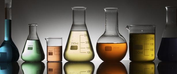 expansiehars chemische bestendigheid uretek benelux
